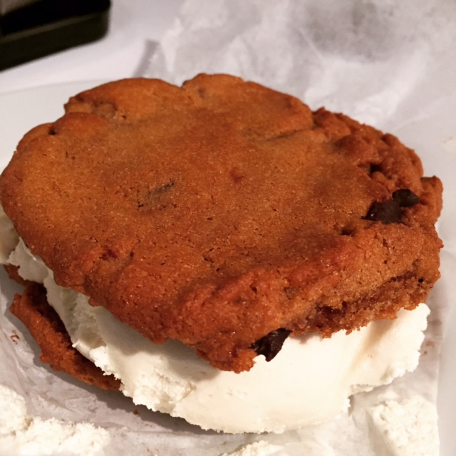 Avenue Suites Cookie Sandwich