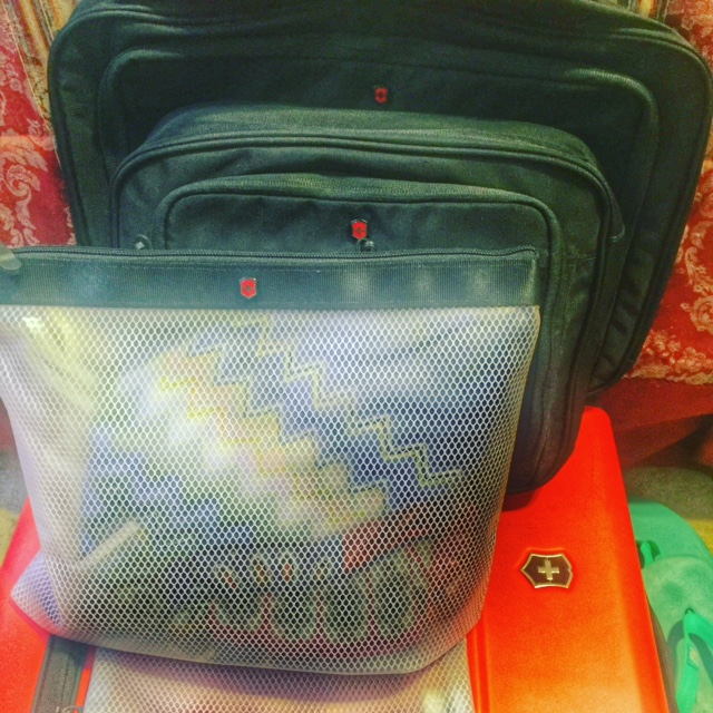 Packing tips: packing cubes
