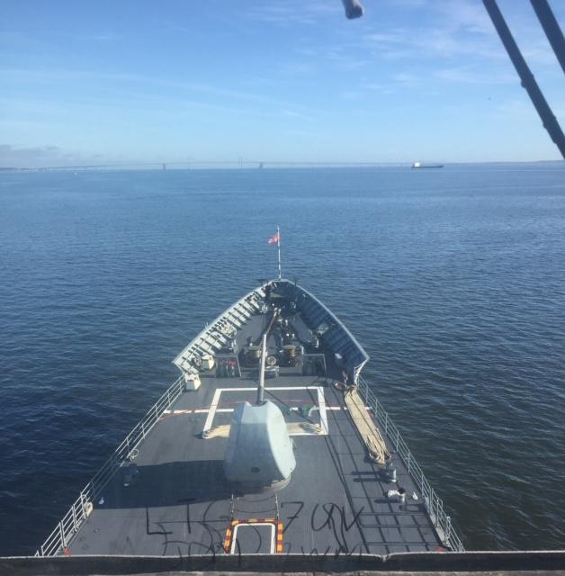 USS Leyte Gulf bow