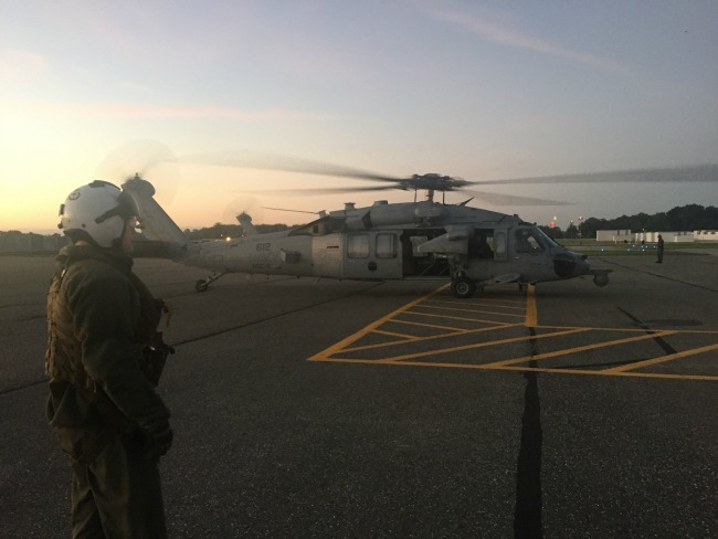 MH-60 to the USS Leyte Gulf