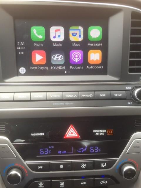 2017 Hyundai Elantra Eco Apps