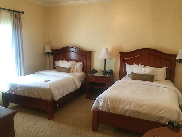 DOuble Beds in George Washington Hotel