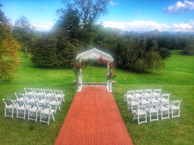 Rosemont Manor outdoors